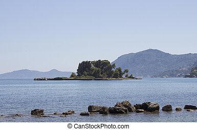 pontikonisi, corfu, aéreo, (meaning, definido, mosteiro, mediterrâneo, (kerkyra)., iconic, também, áspero, mar, ilha, mouse), vista., montanhas., paisagem, vista
