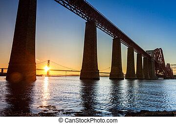 ponts, ecosse, deux, coucher soleil, entre