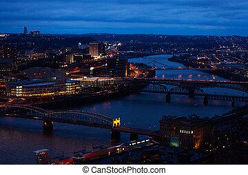 ponts, sur, pittsburg, rivière, monongahela, nuit