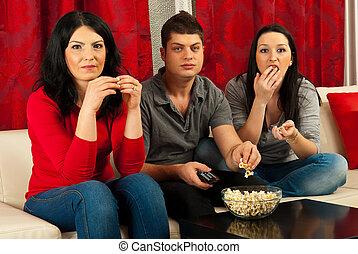 popcorn, amici, mangiare, film