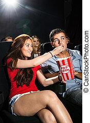 popcorn, donna, alimentazione, teatro, ragazzo