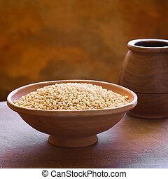 Popped Quinoa Cereal - Popped white quinoa (lat. Chenopodium...