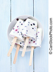 Popsicles from frozen yogurt