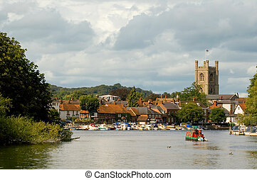 popular tourist destination of henley on thames in england