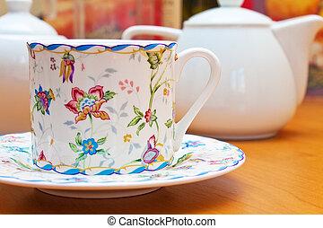 Porcelain crockery  - Porcelain crockery