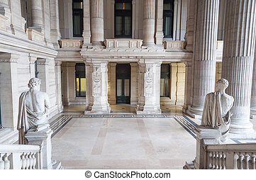 Porch courthouse - Statues and pillars in porch of...