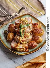 Pork Tenderloin Rosemary - Sliced honey mustard roast pork ...