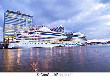 port, amsterdam, niderlandy, łódka, rejs