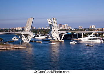 Port Everglades, Fort Lauderdale Bridge