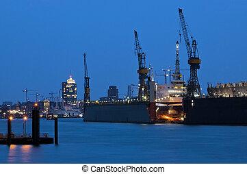 Port for cargo ships