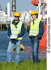 port, ingénieurs