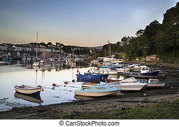 port, marée, coucher soleil, pêchant village, paysage