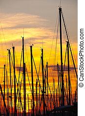 port, marseille, coucher soleil