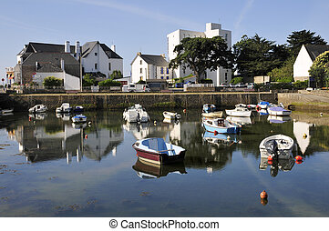 Port of Carnac in France - Port of Carnac with buildings in ...