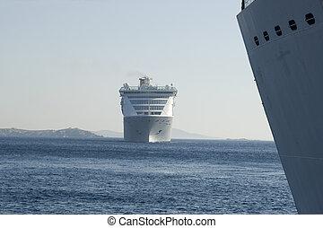 port, okrętujcie rejs