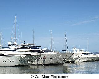port, riviera, yachts, francais