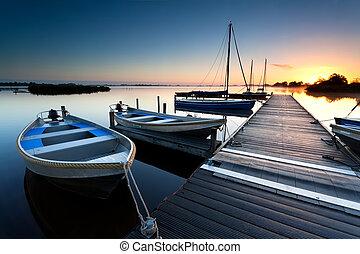 port, sur, lac, levers de soleil