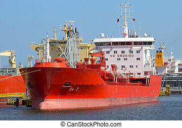 Port tanker shipping industry