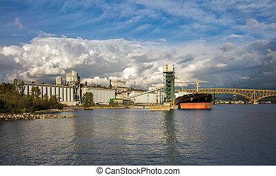 port, vancouver's, sous, chargement, mer, bateau