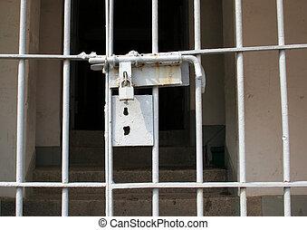 portail, verrouillé