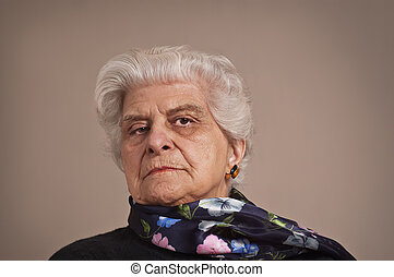 Portait of an elderly lady. - A portait of an elderly lady...