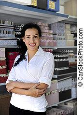 portait, van, een, kleinhandelswinkel, eigenaar