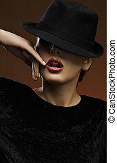 porter, élégant, sexy, dame, chapeau