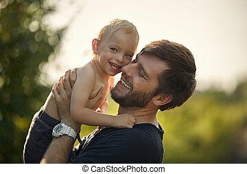 porter, closeup, fils, sien, portrait, bien-aimé, papa, gai