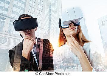 porter, couple, réalité virtuelle, pensif, lunettes