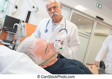 porter, examiner, sien, patient, oxygène, docteur, masque