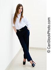 porter, femme, chemise, business, jeune, homme, mode, blanc