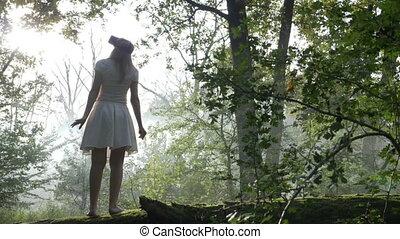 porter, femme, nature, jeune, equipement réalité virtuelle, forêt, nouveau, découvrir, mondiale