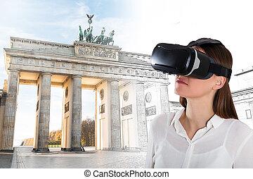 porter, gros plan, femme, jeune, réalité virtuelle, lunettes