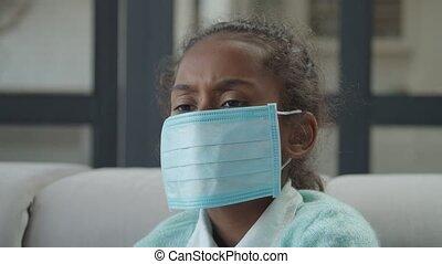 porter, intérieur, masque, triste, girl, monde médical, malade