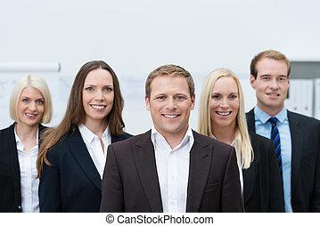porter, jeune, procès, équipe, professionnel, formel, heureux