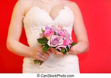 porter, mariée, bouquet, roses, fond, mains, blanc, prise, robe, rouges