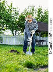 porter, pelle, jardin, paille, quoique, gants, utilisation, chapeau blanc, homme