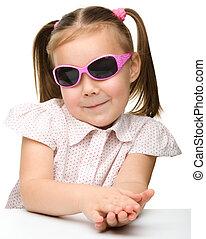 porter, peu, lunettes soleil, girl