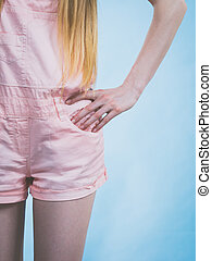 porter, rose, femme, jambes, short
