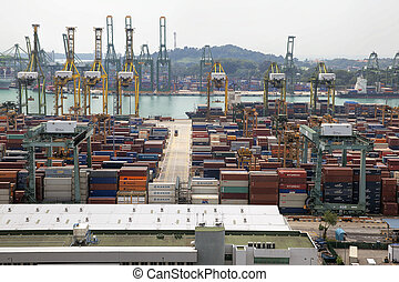 Portl of Singapore Shipyard with Containers - SINGAPORE,...