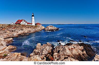 Portland Head Lighthouse in Maine - Portland Head Lighthouse...