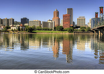 Portland Oregon Downtown Skyline Reflection - Portland...