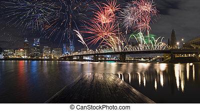portland, oregon, fireworks., eua