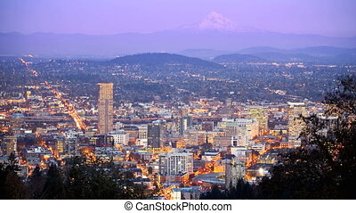 Portland Time Lapse - Downtown Portland, Oregon with Mt....