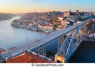 Porto bridge panorama - Skyline of Porto with famous Dom...