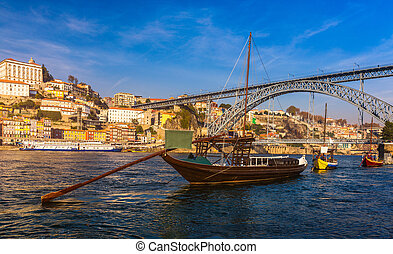 porto, horizon, porto, oporto, dom, luiz, portugal, traditionnel, douro, ou, rivière, fer, bateaux, luis, europe., bridge., ville