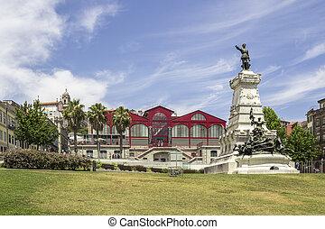 PORTO, PORTUGAL - JULY 04, 2015: Ferreira Borges market, an...