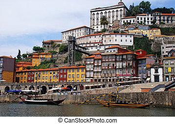 "porto, (ribeira, city., unesco, vue ville, quarter), héritage, mondiale, rivière, boats(""rabelo""), riverbank, douro(portugal), vin"