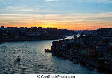 porto, sur, portugal., surprenant, douro, rivière, crépuscule