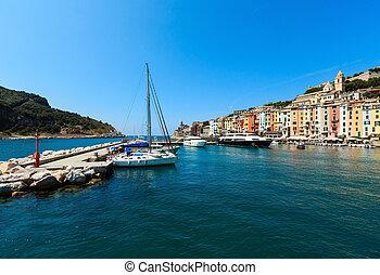 Portovenere, Liguria, Italy - Beautiful medieval fisherman ...